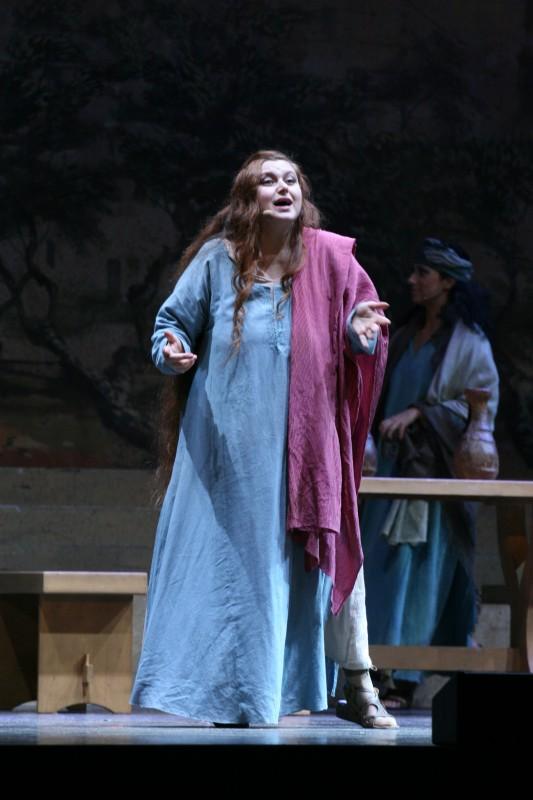 Sara Pastore durante il musical Maria di nazareth