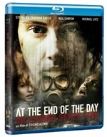 La copertina di At the End of the Day - Un giorno senza fine (blu-ray)