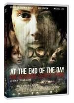 La copertina di At the End of the Day - Un giorno senza fine (dvd)
