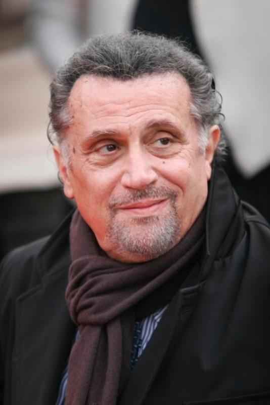 Andrea Roncato in una foto promozionale del film Napoletans