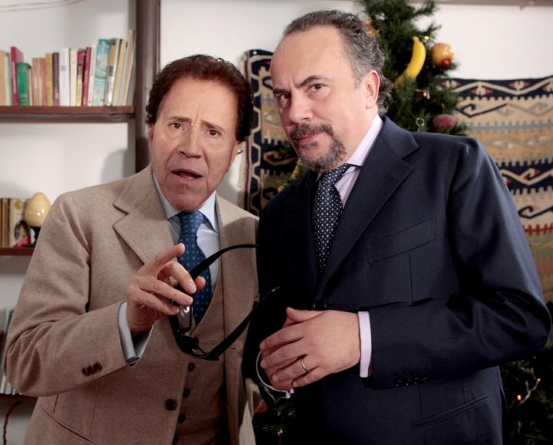Giacomo Rizzo e Maurizio Casagrande in una scena del film Napoletans