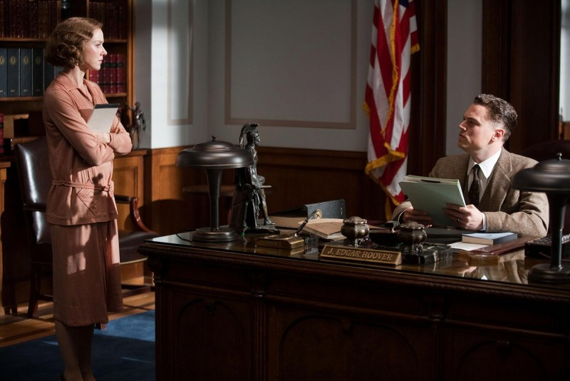 J. Edgar: Leonardo DiCaprio e Naomi Watts in una scena del biopic