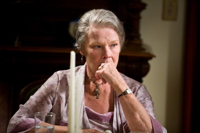 Judi Dench in J.Edgar: una scena del film