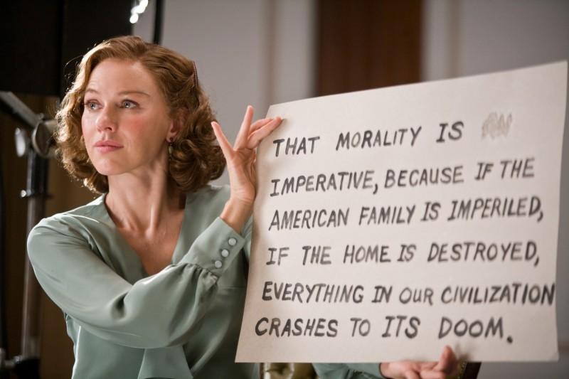 Naomi Watts è Helen nel film J.Edgar