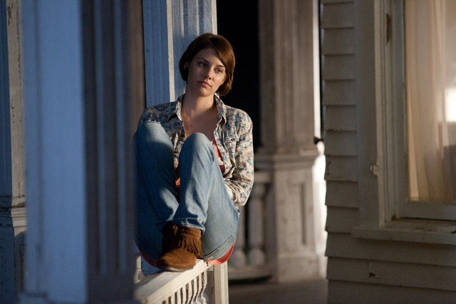 The Walking Dead: Lauren Cohan in una scena dell'episodio Sopravvivere