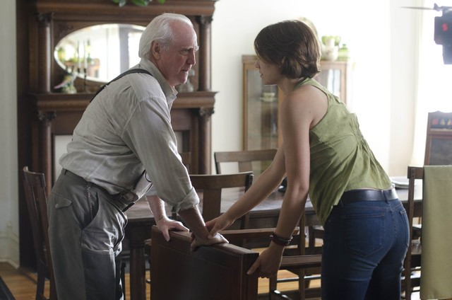 The Walking Dead: Scott Wilson e Lauren Cohan nell'episodio Chupacabra