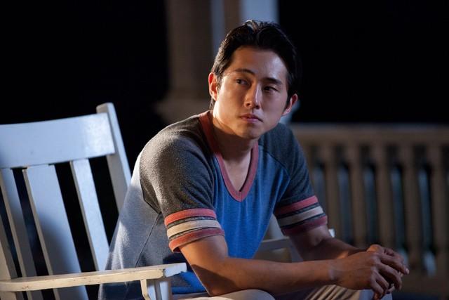 The Walking Dead: Steven Yeun nell'episodio Sopravvivere