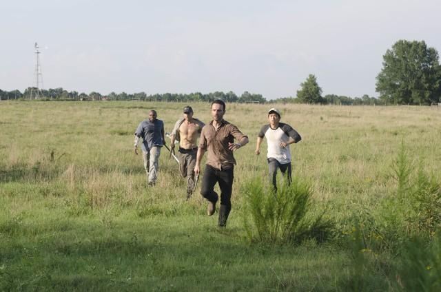 The Walking Dead: una scena dell'episodio Chupacabra