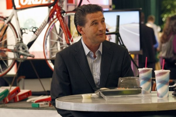 Parenthood: William Baldwin nell'episodio The Booth Job