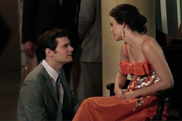 Gossip Girl: Hugo Becker e Leighton Meester nell'episodio All the Pretty Sources