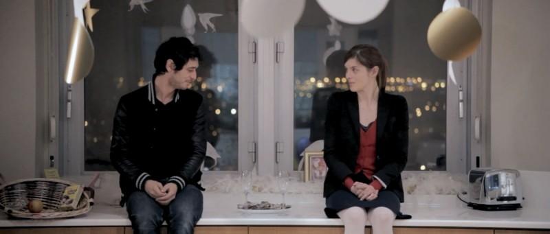 Jérémie Elkaïm e Valérie Donzelli in una scena de La guerre est déclarée