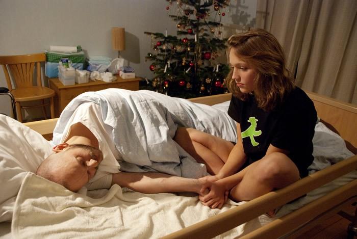 Milan Peschel e Talisa Lilly Lemke in Halt auf freier Strecke, di Andreas Dresen (2011)