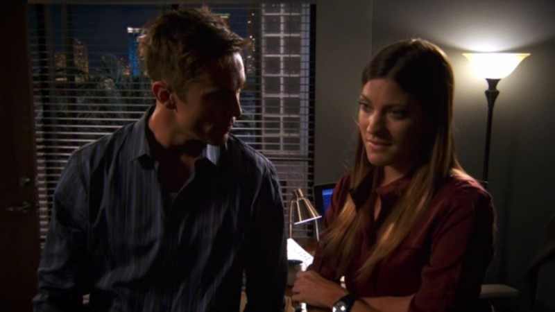 Desmond Harrington e Jennifer Carpenter in un'immagine tratta dall'episodio Nebraska