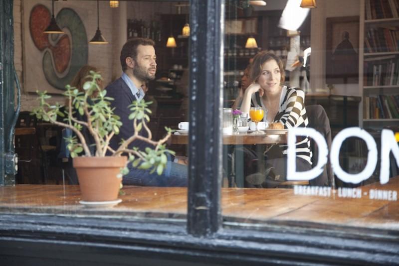 Fabio Volo con Isabella Ragonese in una scena del film Il giorno in più