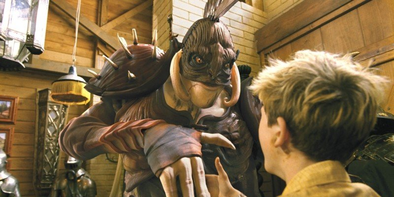 Freddie Highmore in una scena del film Arthur 3 - La guerra dei due mondi