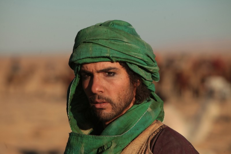 Il principe del deserto, Tahar Rahim in un bel primo piano tratto dal film