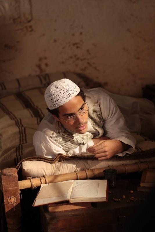 Il principe del deserto: Tahar Rahim in un'immagine tratta dal film