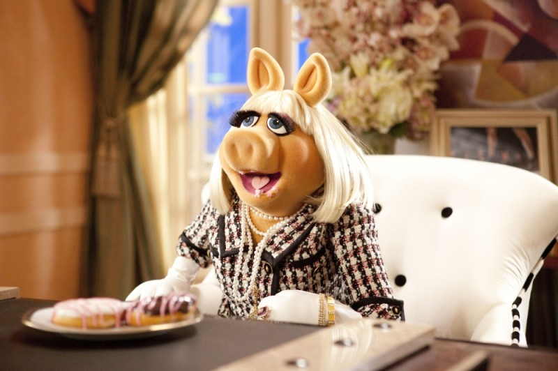 Miss Piggy in una scena de I Muppet