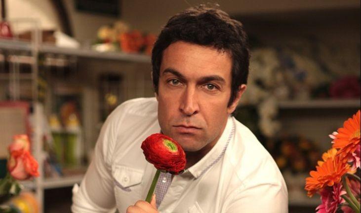 Pietro Taricone nella fiction di Canale 5, Baciati dall'amore
