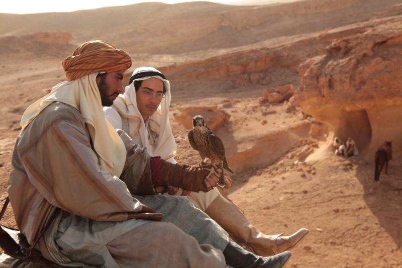 Una scena tratta dal film drammatico Il principe del deserto,