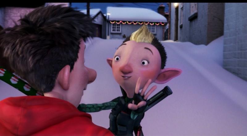 Arthur Christmas: Il figlio di Babbo Natale in 3D, il piccolo Arthur insieme al suo amico in una scena del film