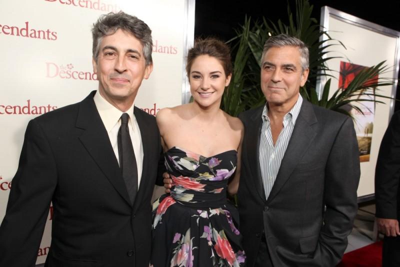 George Clooney con Alexander Payne e Shailene Woodley sul red carpet della premiere di The Descendants a Beverly Hills