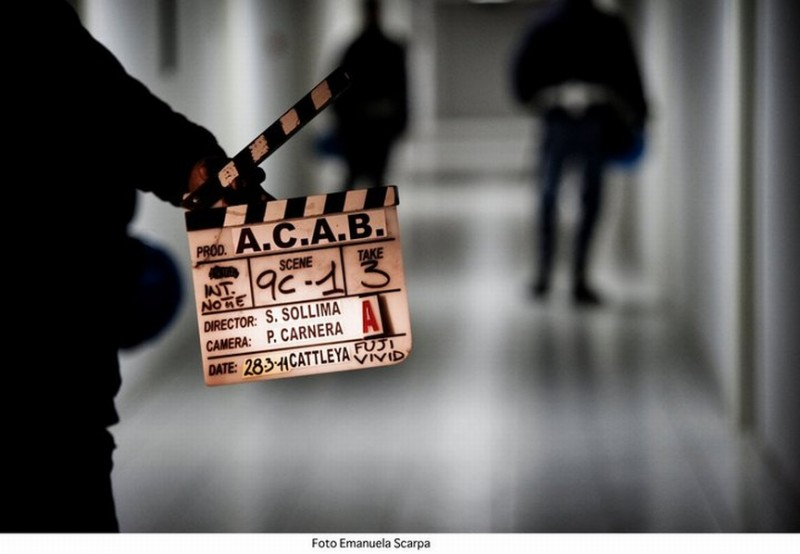 Una foto dal set di A.C.A.B. di Stefano Sollima