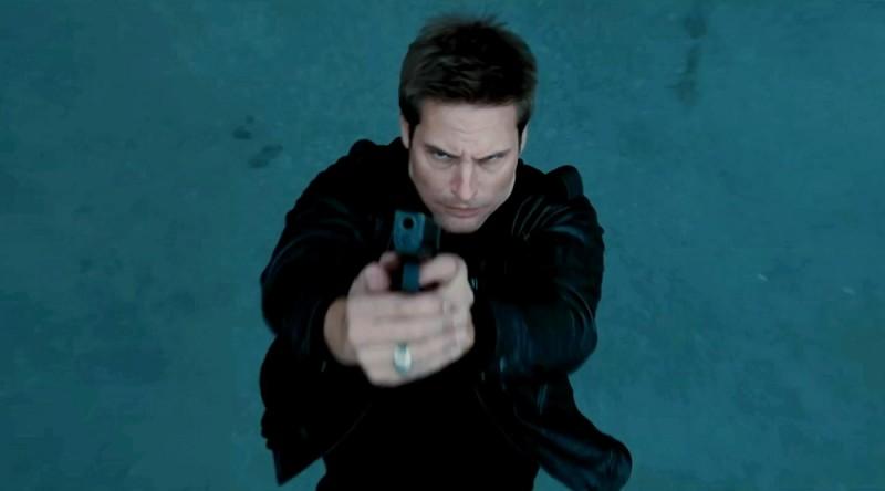 Josh Holloway in azione in una scena di Mission: Impossible - Protocollo Fantasma