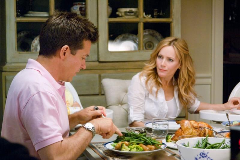 Jason Bateman e Leslie Mann in una scena di Cambio Vita