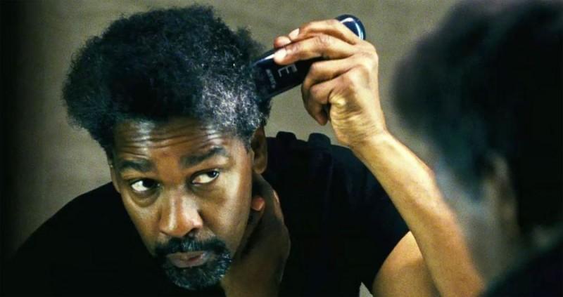 Denzel Washington cambia look in una scena del thriller Safe House