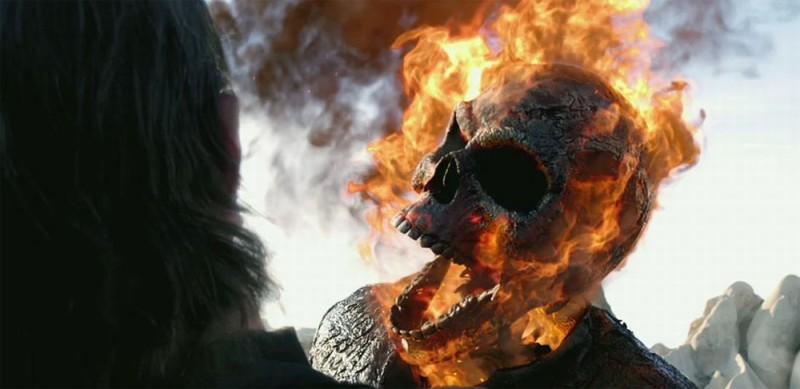 Ghost Rider: Spirit of Vengeance, una scena del film diretto da Mark Neveldine e Brian Taylor
