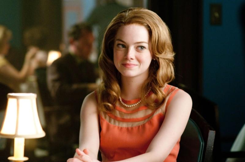 The Help: Emma Stone accenna un sorriso in una scena del film