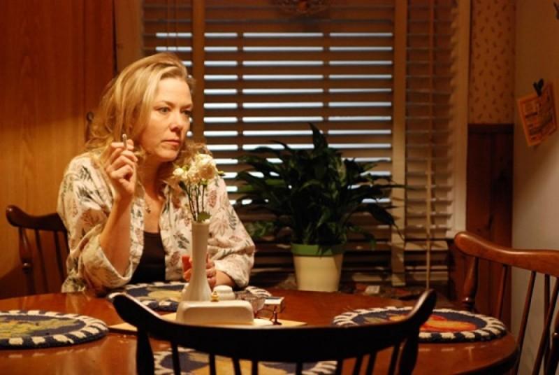Kathryn Meisle in una scena dell'horror Bereavement