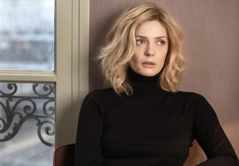 Chiara Mastroianni in una scena tratta dal film Les bien-aimés
