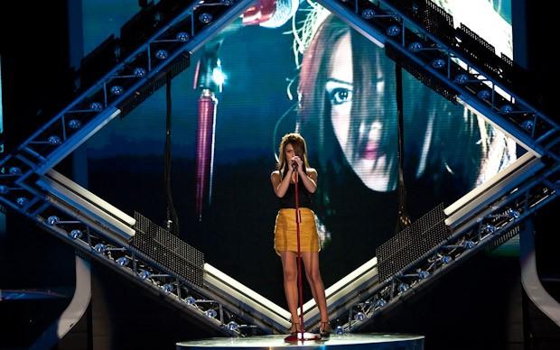 X-Factor 5: Jessica Mazzoli canta Messaggio nella secondapuntata
