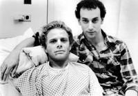 Geoff Edholm e David Schacter in Buddies (1985)