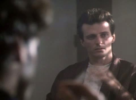 Aidan Quinn è Michael in Una gelata precoce (An Early Frost, 1985)