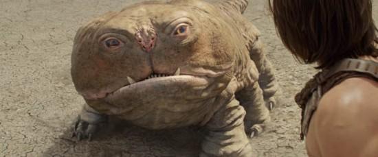 Taylor Kitsch alle prese con una misteriosa e buffa creatura in John Carter