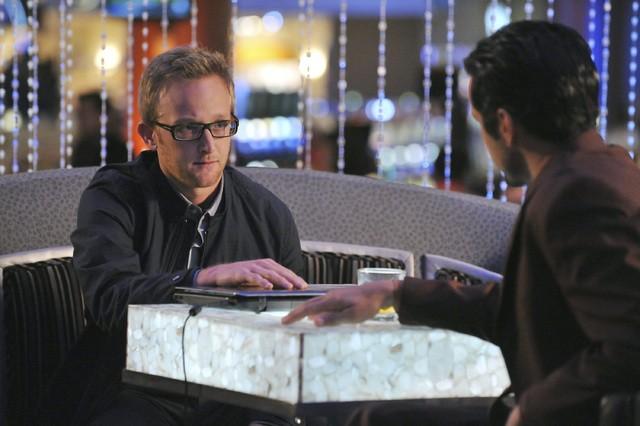 Castle: Eric Ladin e Jeffrey Vincent Parise  nell'episodio Heartbreak Hotel