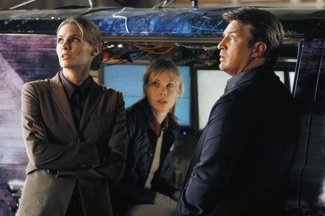 Castle: Nathan Fillion, Amanda Walsh e Stana Katic nell'episodio Demons