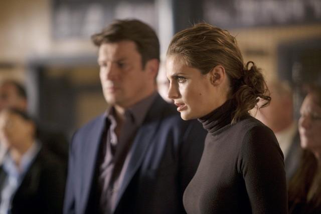 Castle: Nathan Fillion e Stana Katic nell'episodio Kill Shot