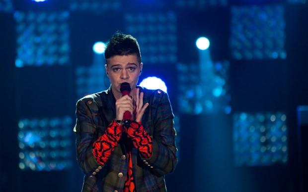 X-Factor 5: Davide Papasidero durante lo scontro finale della terza puntata