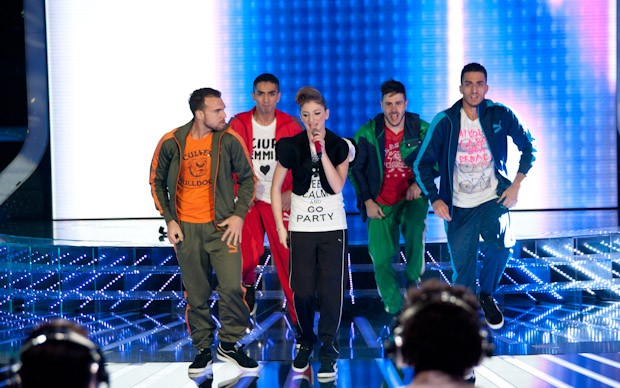 X-Factor 5: Nicole Tuzii si esibisce in Born This Way nella terza puntata