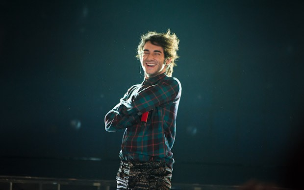 X-Factor 5: un sorridente Valerio De Rosa nella terza puntata