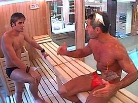 Grande Fratello 12: Luca e Mario in sauna