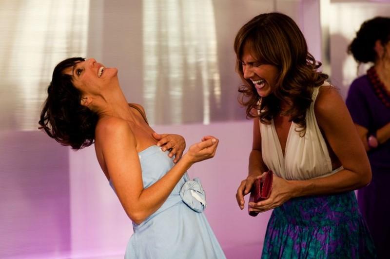 Hollywoo: Nikki Deloach e Florence Foresti in una scena del film