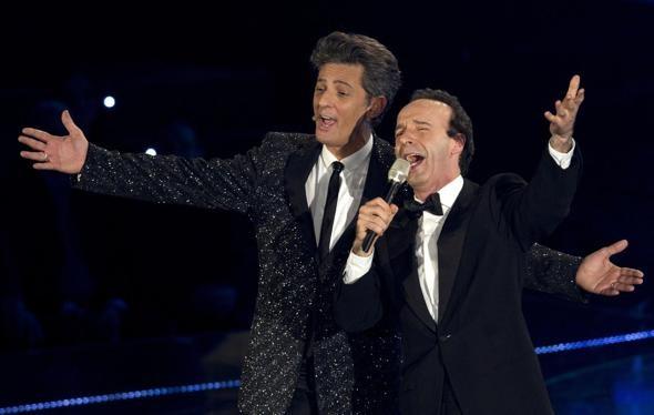 Benigni con Fiorello durante Il più grande spettacolo dopo il week end