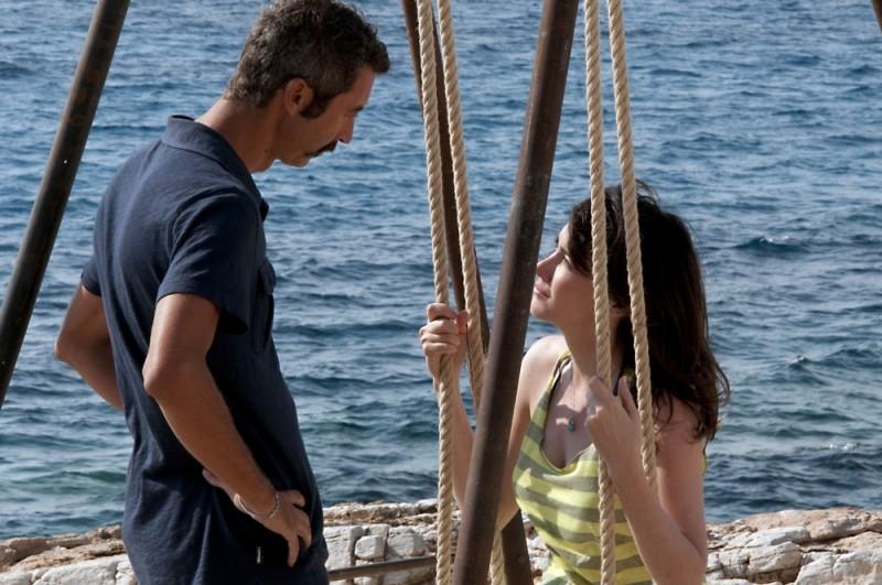 Immaturi - Il viaggio: Paolo Kessisoglu e Anita Caprioli in una scena del film