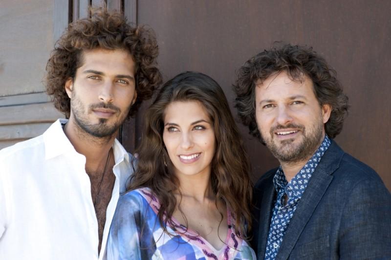 Thyago Alves, Ariadna Romero e Leonardo Pieraccioni sul set di Finalmente la felicità