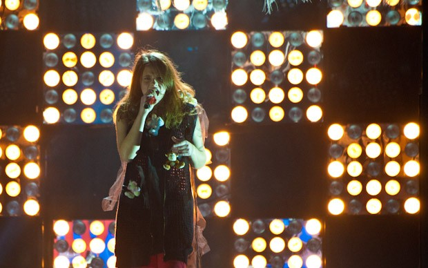 X-Factor 5: Francesca Michielin si esibisce in Higher Ground nella quarta puntata